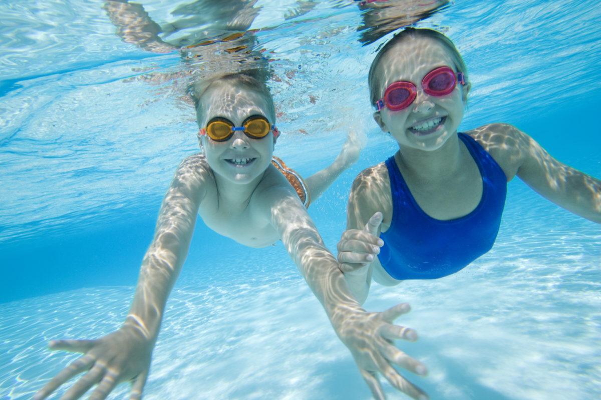 5375-Enfants-à-la-piscine